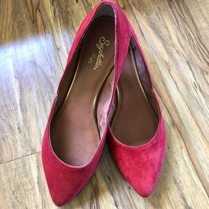 Seychelles Skip a Beat Flats - Red Suede